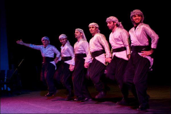 بالصور دبكه تركيه , صور جميله لرقصه الدبكه التركيه 6551 5