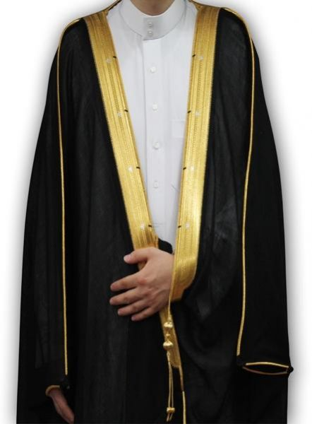 صور طريقة لبس البشت , تعرف علي كيفيه لبس البشت في المناسبات