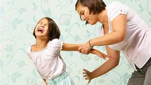 بالصور بالصور خادمه تمارس الفاحشه مع طفل , عيوب وجود الخادمة 115 9