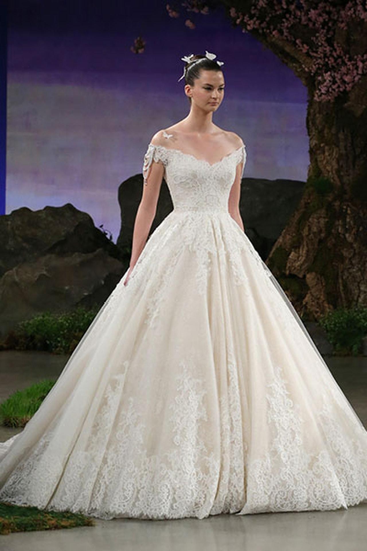 بالصور صور بدلات اعراس , فستان زفاف لا يقاوم جماله 125 10
