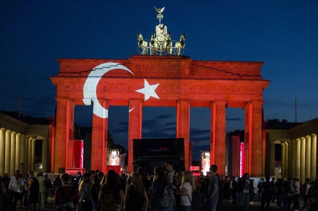 بالصور صور علم تركيا , صور روعه للعلم التركي 2321 1