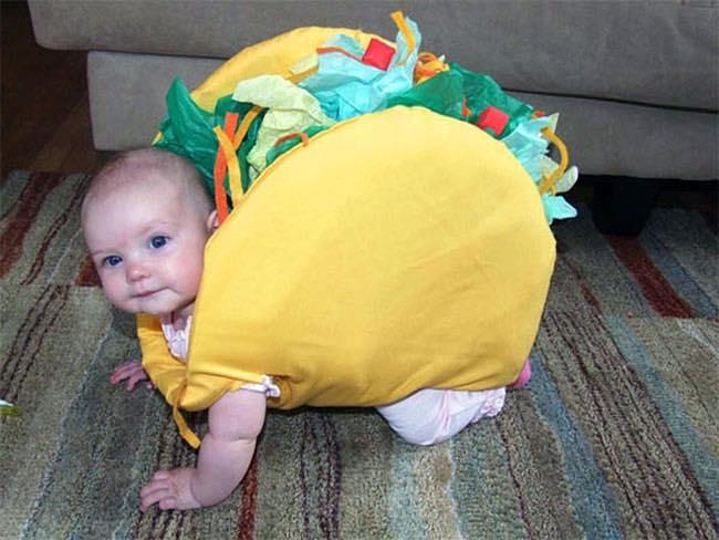 بالصور صور مضحكة للاطفال , صورة اجمل ضحكه لاجمل طفل 2543 4