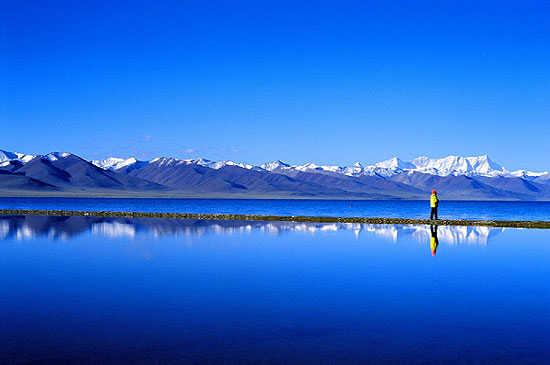 صورة اكبر بحيرة في العالم , تعرف على اكبر بحيرات العالم