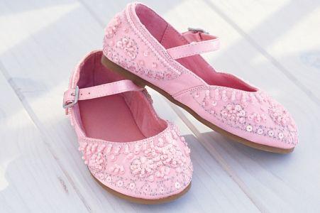 بالصور احذية اطفال بنات , اشكال متنوعه من الاحذيه البناتي للاطفال 6262 1