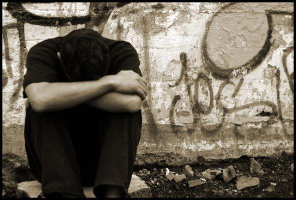بالصور صور رومانسيه حزينه , الحزن من القلب اصعب من اي الم 161 10