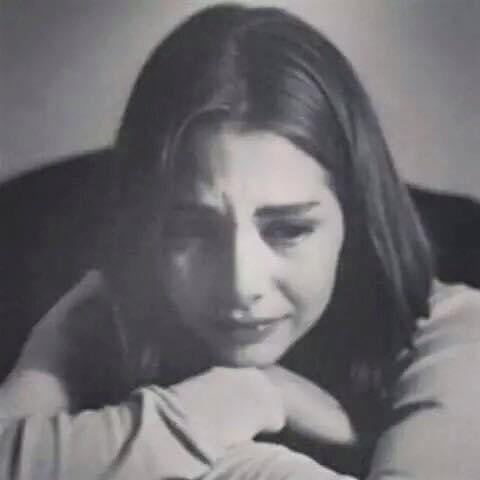 بالصور صور بنات حزينه , طرق للتخلص من الحزن باقل مجهود 174 2