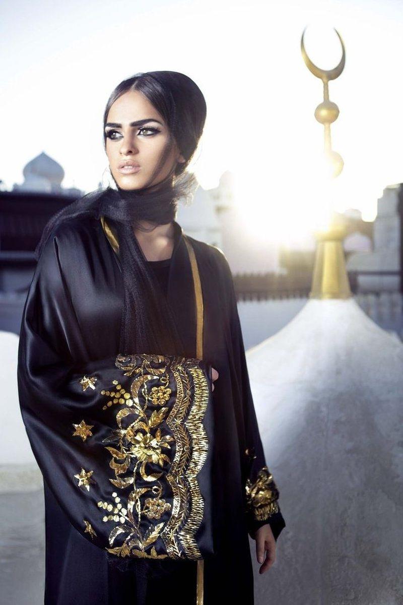 صورة عبايات كويتية , اجمل عبايات رائعة للفتيات 438 1
