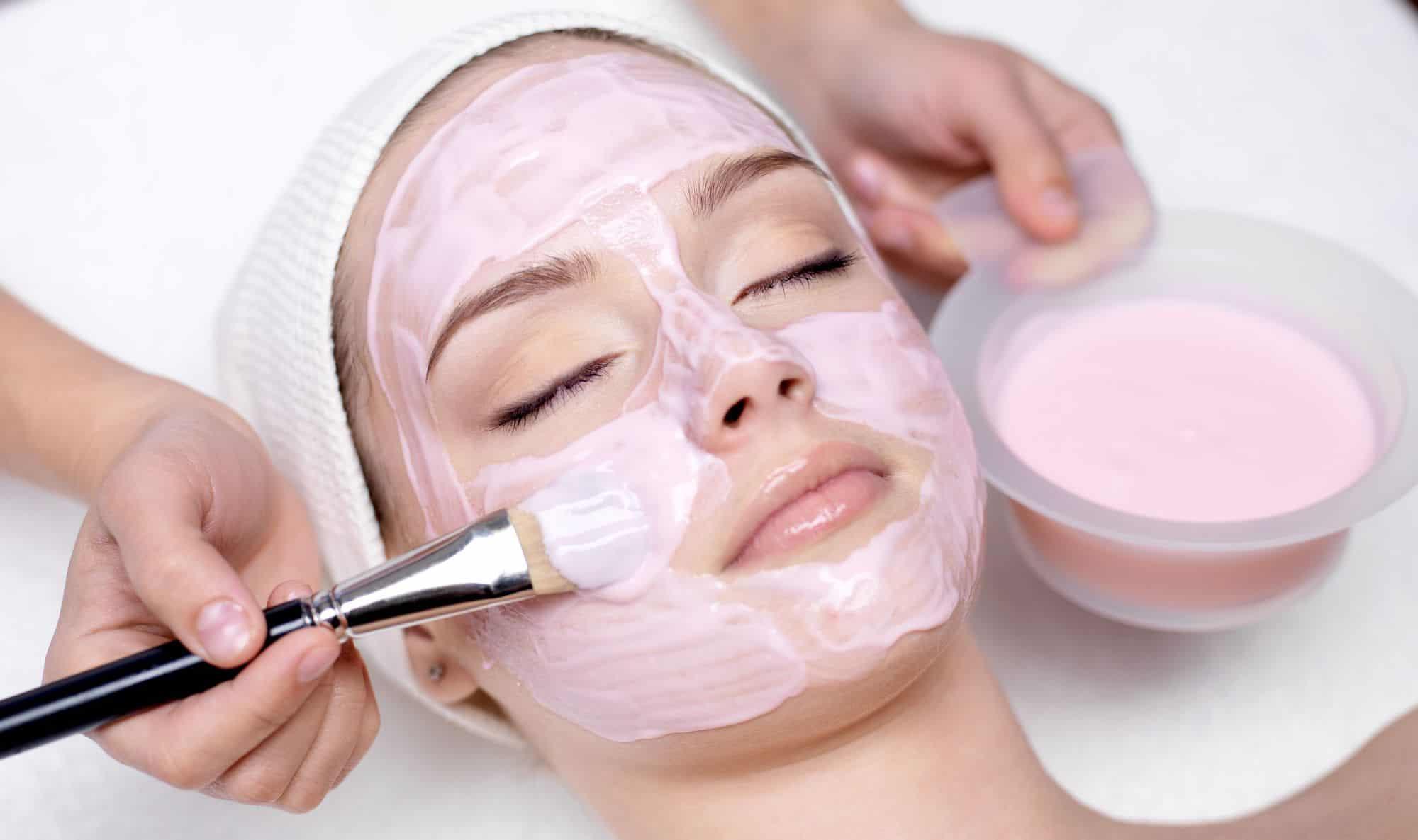 بالصور تقشير البشرة الدهنية , احصلي علي وجه مشرق وتخلصي من بشرتك الدهنيه. 4755 2