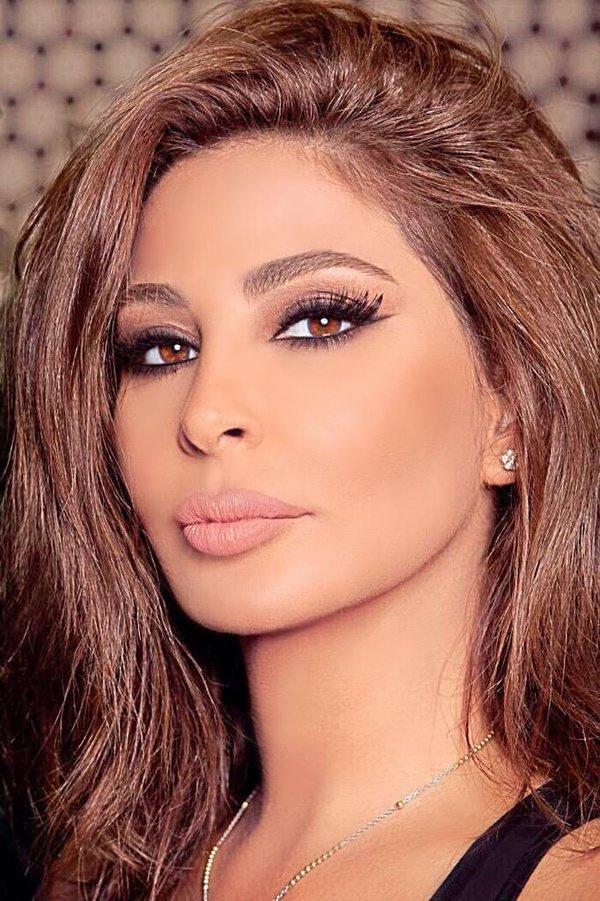 صورة فنانات لبنانيات , اطلالة مختلفة بلبنان