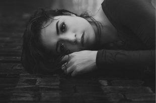 صورة صور حزينه اوي , صور تجعلك تبكي من شدة حزنها